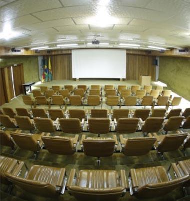 Palestras no Auditório da Celulose Riograndense